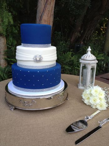 Royal blue white silver wedding cake