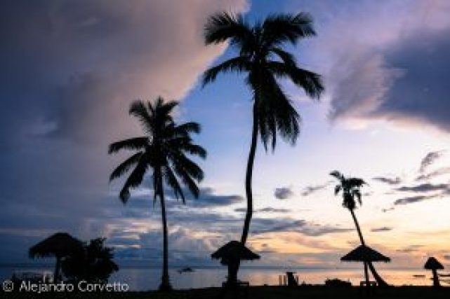Atardecer en Waidroka Bay Resort