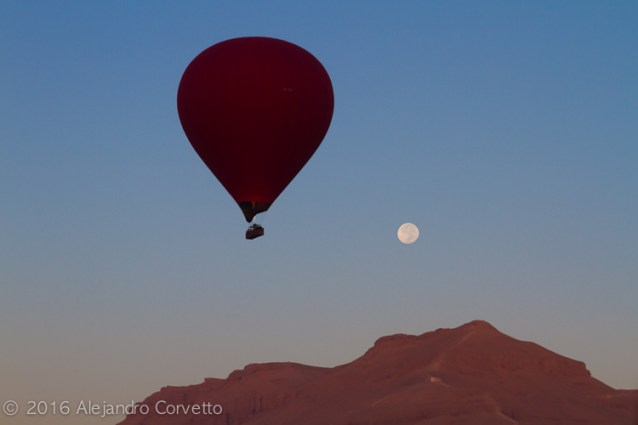 Luxor Moon