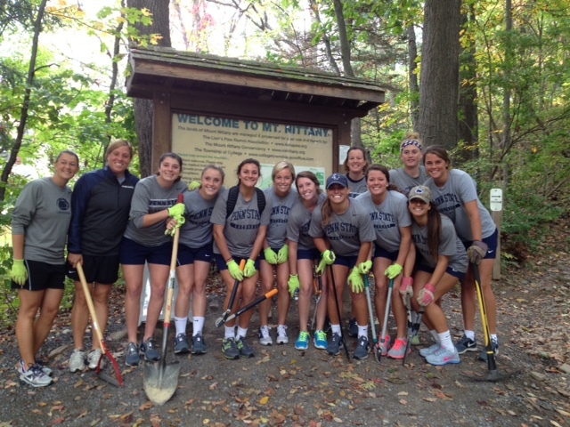2014_10_02_Day-of-Caring_WLAX_02.jpg