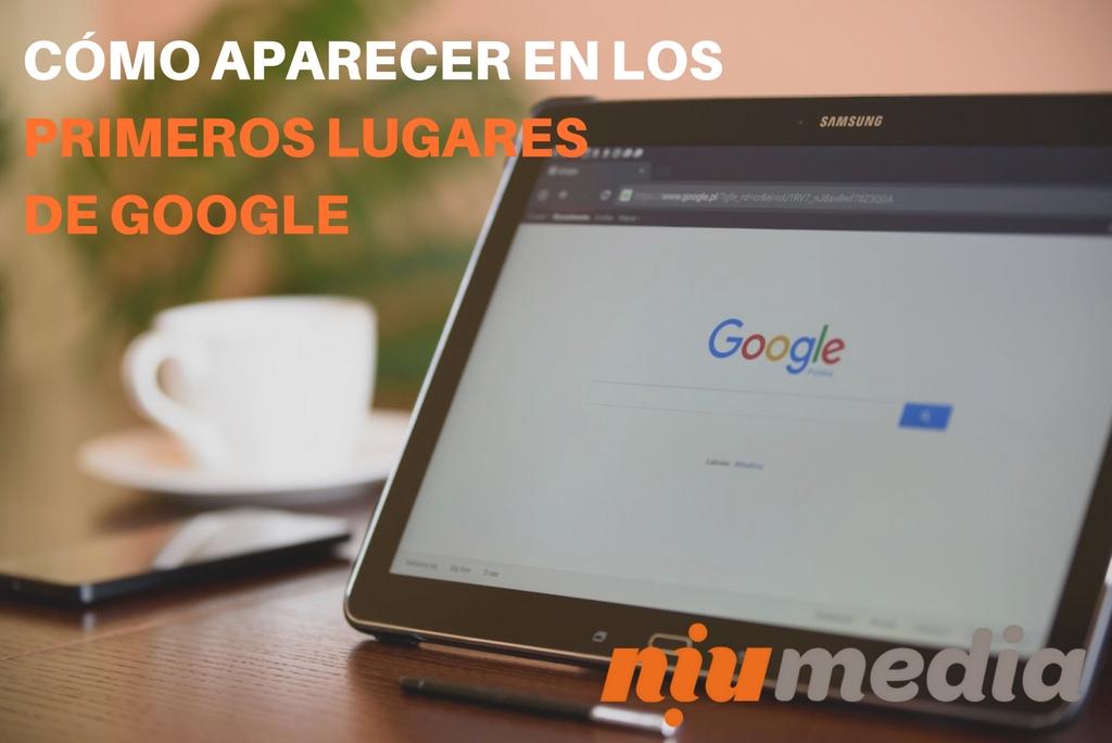 Tablet con Google Abierto, Para Post Sobre Cómo Aparecer en los Primeros Lugares de Google.