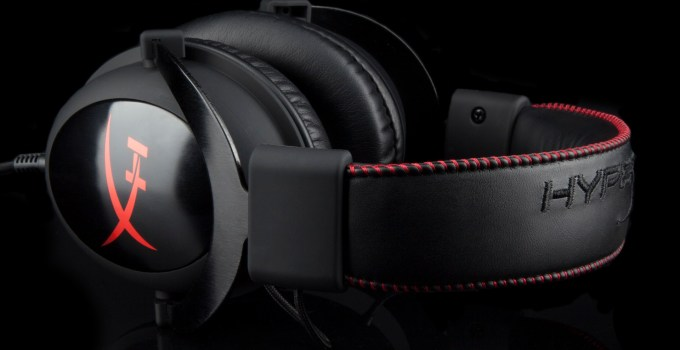 HyperX_Cloud_headset_black_concurs_intro