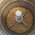 家庭でもち麦の精米が出来るのか!?精米機で試みる・・・