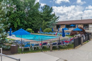 Wedgewood Knolls Pool Condos Woodland Park New Jersey