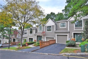 Glen Pond Condos Woodland Park New Jersey
