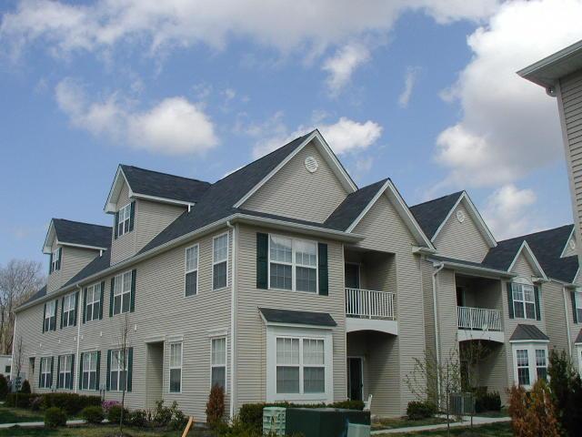 Butler Cambridge Heights Condos