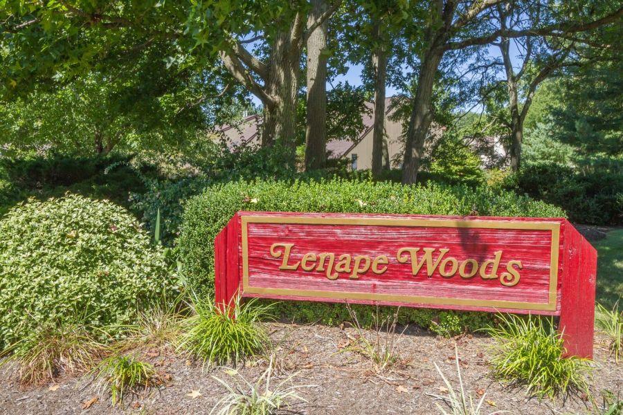 Lenape Woods Condo Tinton Falls Sign