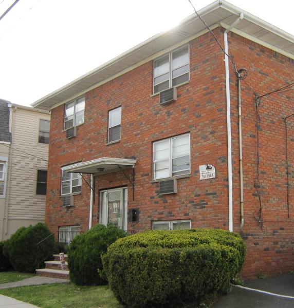 75 Florence Ave Condos Belleville