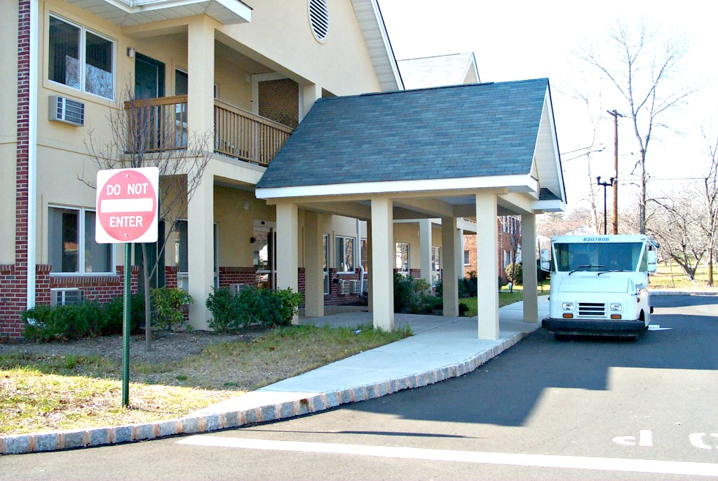 New Jersey Connect Freeman Apartments Side View of Entrance