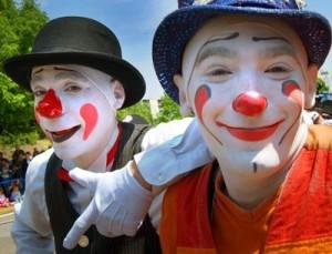 3855-afraid_clowns-300x229