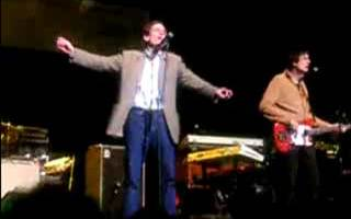 Alex Chilton singing The Letter in 2006
