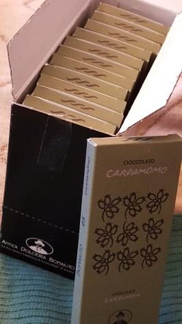 Cardamomo chocolate (a whole box!)