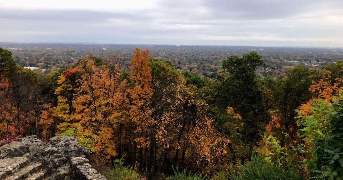 Read more about the article 9 Best Fall Foliage Hikes in New Jersey
