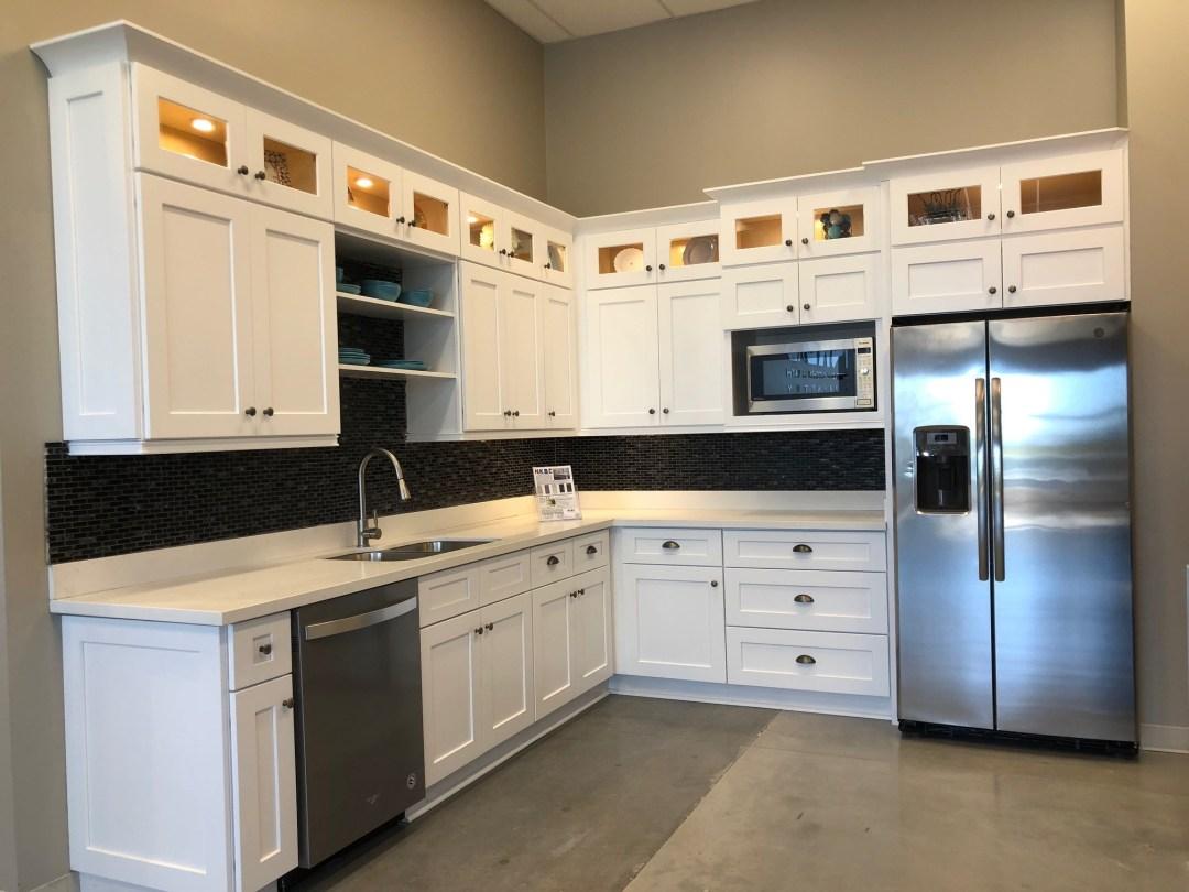 Beautiful Shaker White Cabinet Wholesale | Austin, Texas