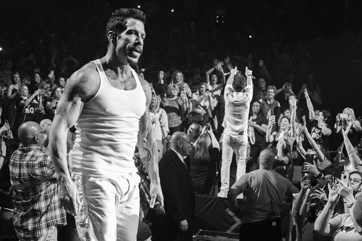 Danny Wood and Joey McIntyre in the crowd