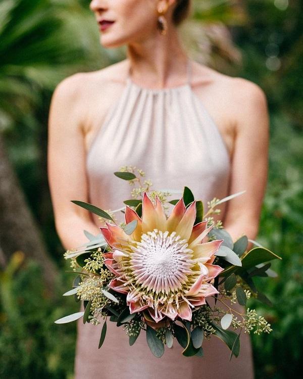 Elegant Designs Floral Art Studio/ Tiffani Jones / Bridal Bouquet