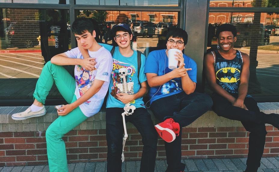 four-happy-students