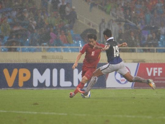 Thắng 5 sao Campuchia, Việt Nam đặt 1 chân vào VCK Asian Cup - Ảnh 13.