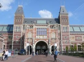 The facade of the Rijksmuseum