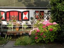 Floating house in Hoorn