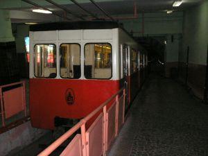 Taxi Tunel Underground Train