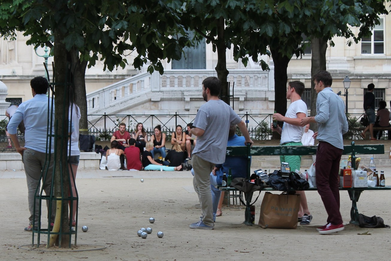 IMG_8750-001 gall boules square