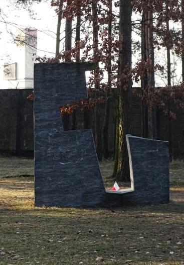 cross-monument1