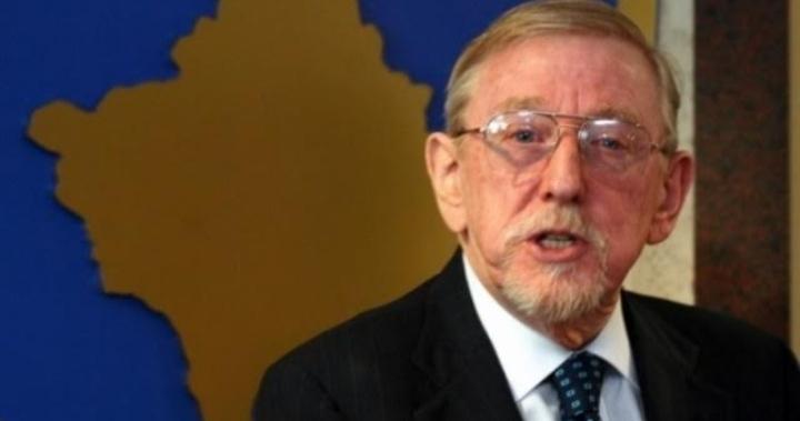 Ambasadori William Walker: I domosdoshëm unifikimi i diasporës shqiptare