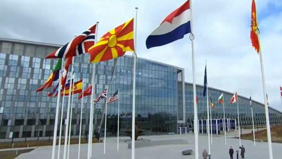 NATO ka refuzuar përfaqësuesin e Maqedonisë në Bruksel, sepse ka luajtur tenis me një diplomat rus