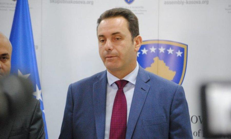 Rugova: Lumiri të na bindë që nuk është vegël e Isa Mustafës
