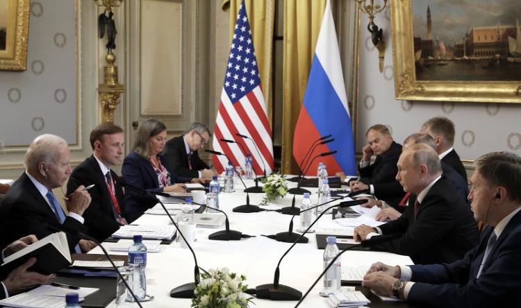 Përfundoi takimi, Biden dhe Putin në konferenca të ndara!