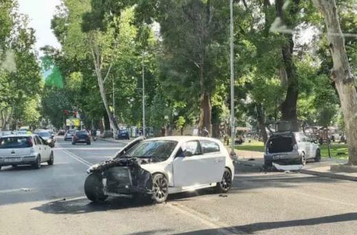 Aksident i rëndë afër parkut të Çairit, ka të lënduar (FOTO)