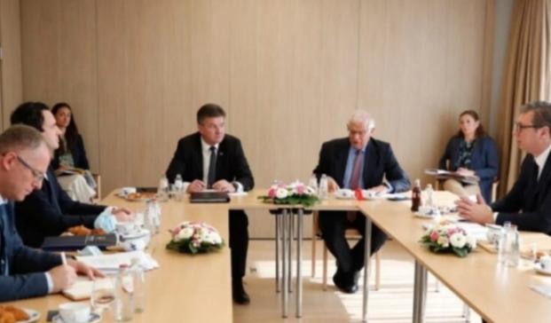 Pacolli: Kosova sot në Bruksel ishte një hap para Serbisë