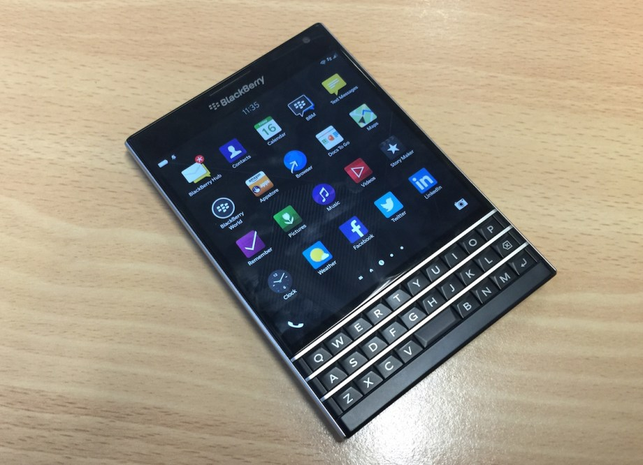 blackberry_passport