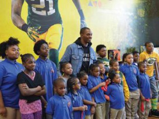 Clinton-Dix posed with the students and gave them each a signed photo.