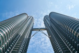 Doing-Business-in-Malaysia-NNRoad