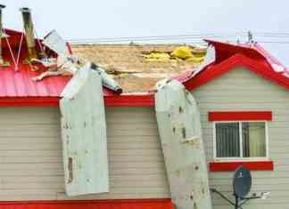 A storm that tore through south Baffin Island Thursday night wreaked havoc on roofing and power infrastructure. Avery Zingel/NNSL photo.
