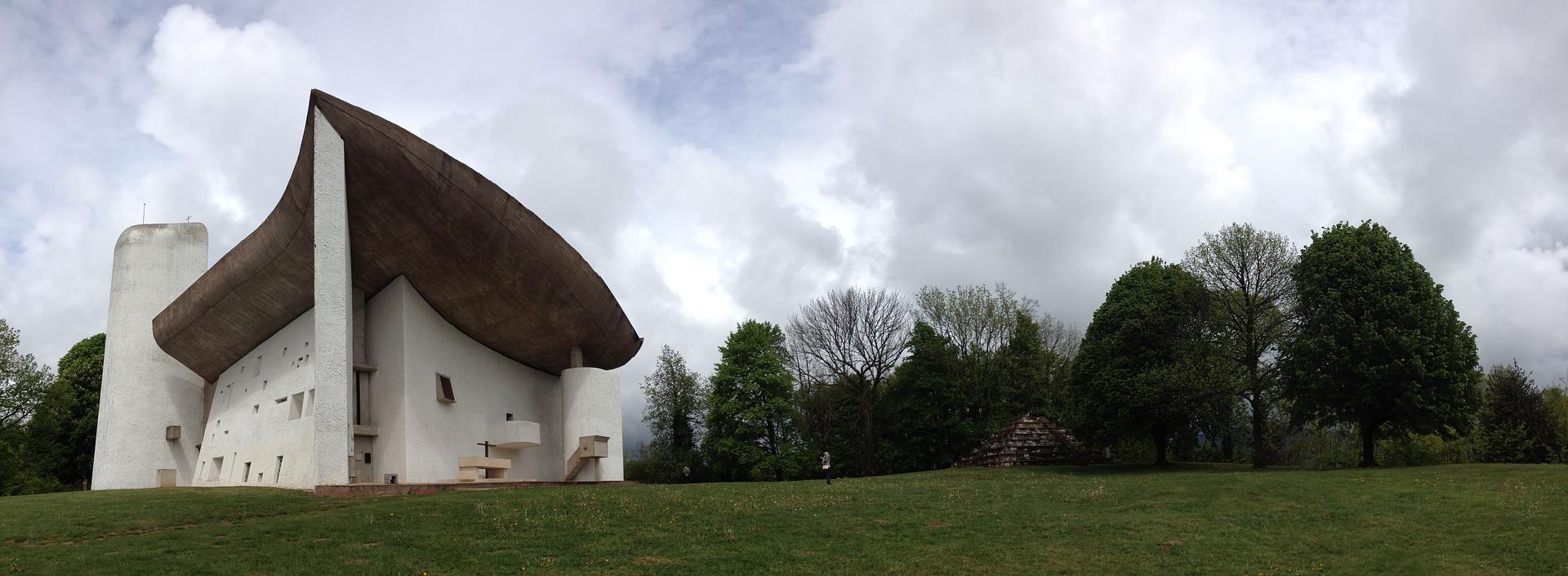 ル・コルビュジエと近代建築五原則。世界文化遺産登録された近代建築に触れるの参考画像