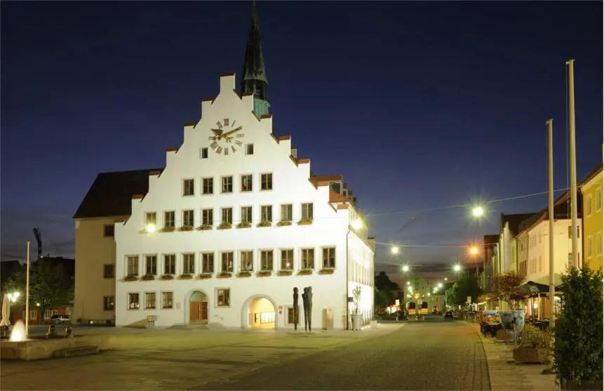Lady aus Neumarkt in der Oberpfalz
