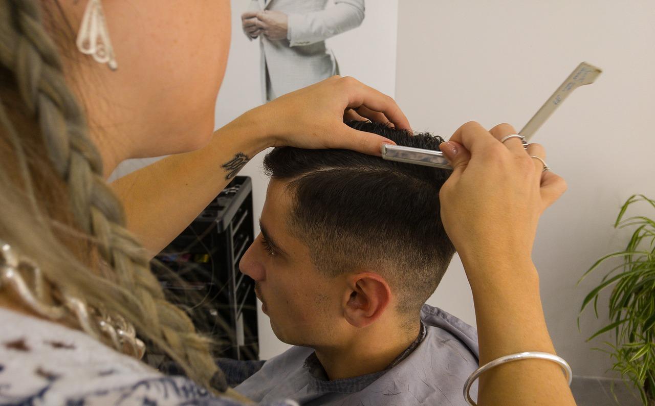 hairdresser-1684810_1280