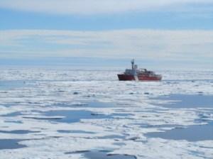 USCGS Louis on Ice