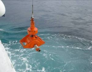 Collecting seafloor samples