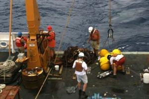 Mooring team at work