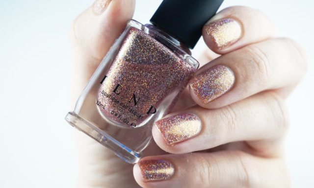 Photograph of nails painted with ILNP that other girl