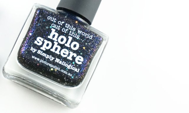 Showing the bottle of Picture polish holo spere