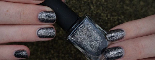 Swatch of ILNP Private reserve, of the ILNP's New Year's 2016 collection