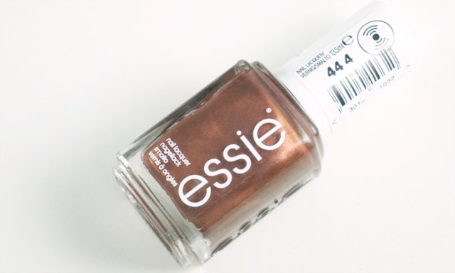 picture of the bottle of essie ready to boa