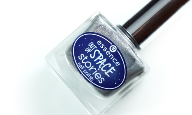 bottle of we will spock you, a grey holographic polish released by Essence