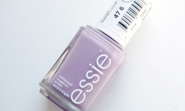 bottle shot of Essie ciao effect