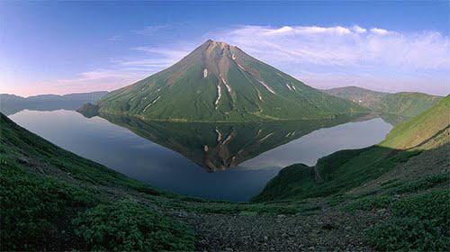 幽仙湖と黒石山